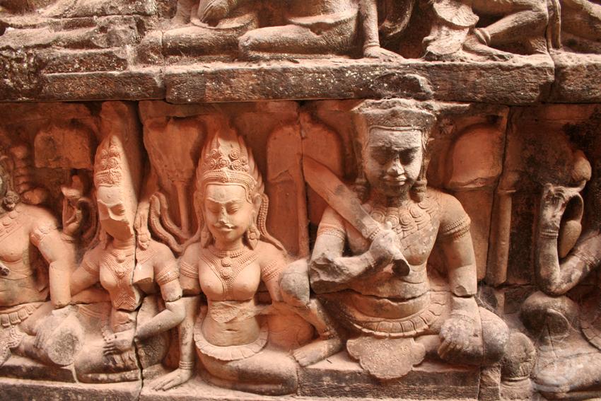 Камбоджа, Ангкор, Терраса прокаженного короля, 2013