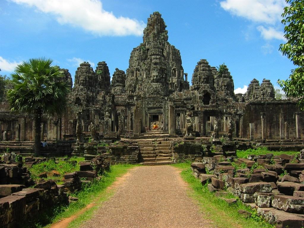 Камбоджа, Ангкор Том, Байон