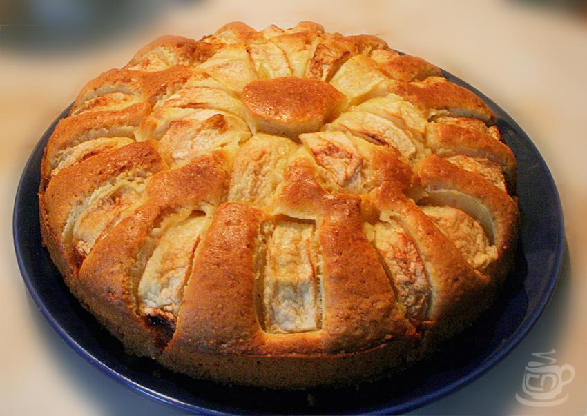 Яблочный пирог с медовой пропиткой, 2012